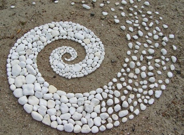 goldsworthy-stones